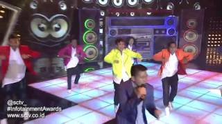 Video Aliando, Young Lex, & CJR - 'Medley' Kau Terindah & Tante Linda (Infotainment Awards 2016) MP3, 3GP, MP4, WEBM, AVI, FLV Juli 2018