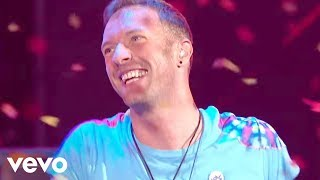 Video The Chainsmokers & Coldplay - Something Just Like This (Live at the BRITs) MP3, 3GP, MP4, WEBM, AVI, FLV Agustus 2019