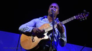 Recorded in Cape Verde, West Africa by Michael Hébert.Cabinda a Cunene, Djim Job composer.