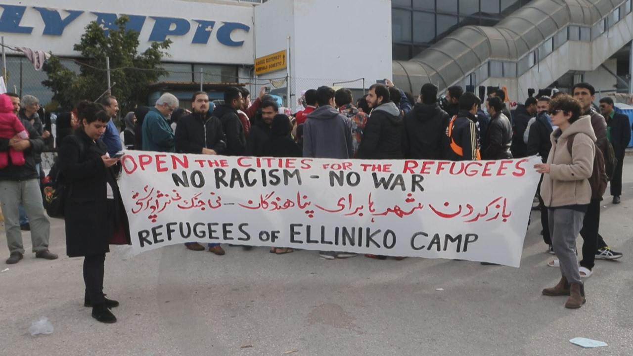 Διαμαρτυρία με απεργία πείνας από τους πρόσφυγες στο Ελληνικό
