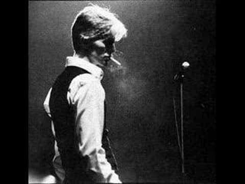 Tekst piosenki David Bowie - Amsterdam po polsku