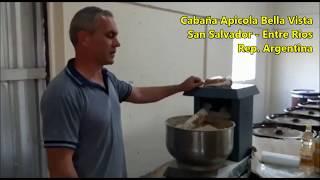 Apicultura en Argentina - Elaboración de torta proteica de otoño en zona de monte de eucaliptus