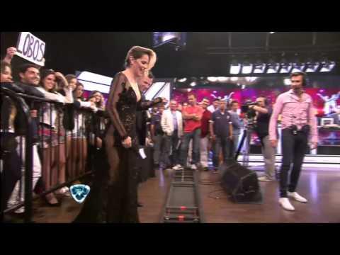 Showmatch 2014 - ¿Chipi se olvidó la bombacha?