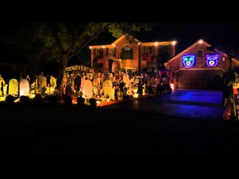 Halloween 2014 Light Show homas Halloween House