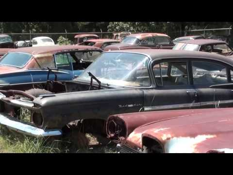 Gearhead Field Of Dreams – Antique Car Salvage yard