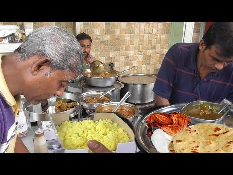 Video Most Busy Shop Kolkata Decres Lane   People Enjoying Food at Lunch Time   Street Food Loves You download in MP3, 3GP, MP4, WEBM, AVI, FLV January 2017