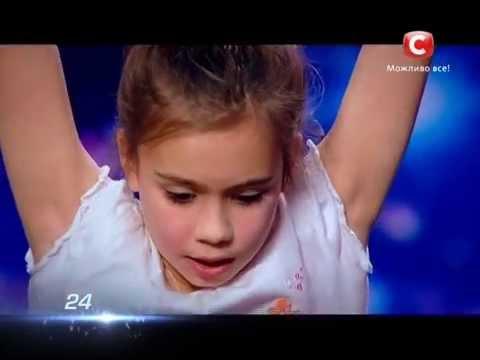 7 летняя девушка установила рекорд Украины по подтягиванию 26 раз [28.03.2015]