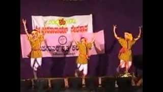 FOLK DANCE BY STUDENT OF SAVIJEEVANUM NRITHYA KALAKSHETHRA