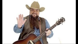 Sundance Head Performs at Fair on Friday