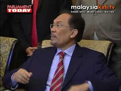 Call for unity: Anwar doubts Najib's sincerity