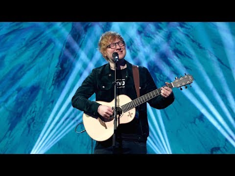 Ed Sheeran's 'Perfect' Performance (видео)