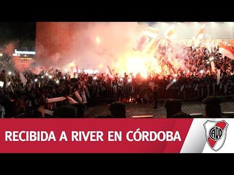 ¿Qué es River para vos ¡Córdoba recibió a River con pura fiesta!