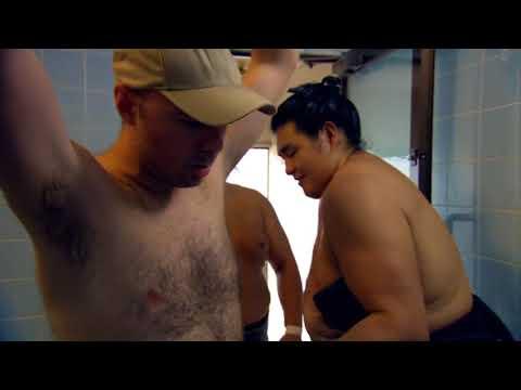 An Idiot Abroad S02E07: Climb Mount Fuji