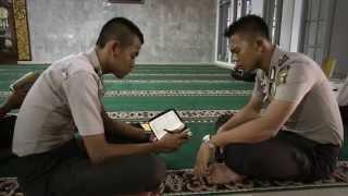 Video Langkah Sang hafizh II (Perjuangan Hafizh menjadi Polisi) MP3, 3GP, MP4, WEBM, AVI, FLV Agustus 2017