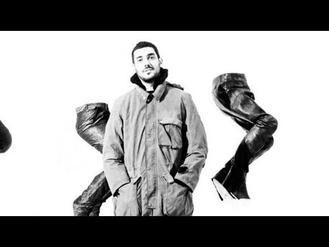 Watch | Aitor Throup Spring/Summer 2013 &#8211; Preview