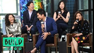 "Video Constance Wu, Awkwafina, Ken Jeong, Michelle Yeoh & Henry Golding Discuss ""Crazy Rich Asians"" MP3, 3GP, MP4, WEBM, AVI, FLV Oktober 2018"