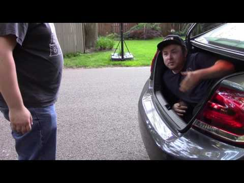 Party in my Trunk (Skit)