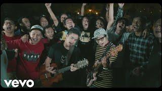 Download Lagu Pee Wee Gaskins - Ikut Aku Ke Bulan Mp3