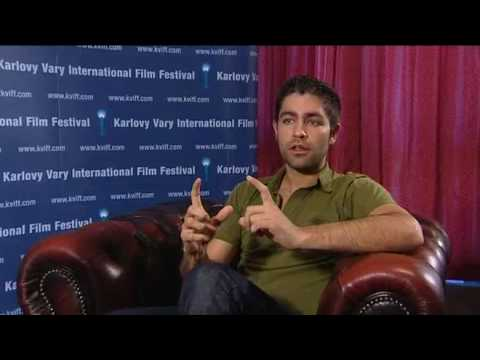 Boriboj - Entourage star Adrian Grenier discusses his documentary Teenage Paparazzo at the Karlovy Vary IFF in the Czech Republic in July 2010.