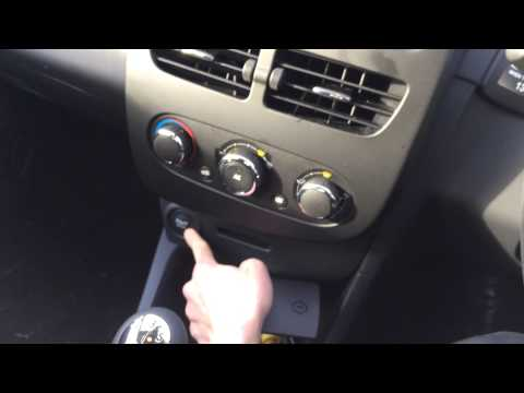 how to open a renault clio without a key