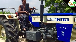 Village Girl First Time Drive SWARAJ 744 FE TRACTOR / VILLAGE GIRL Driving Tractor/ Girl on tractor