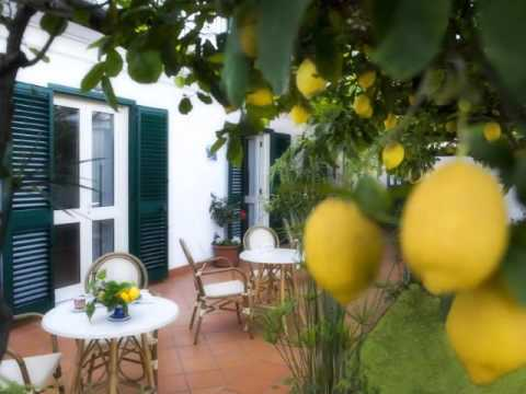 Wideo Ravello Rooms