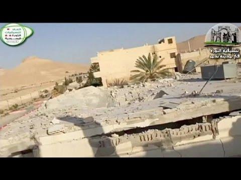 IŞİD Palmira'da en az 400 sivili öldürdü