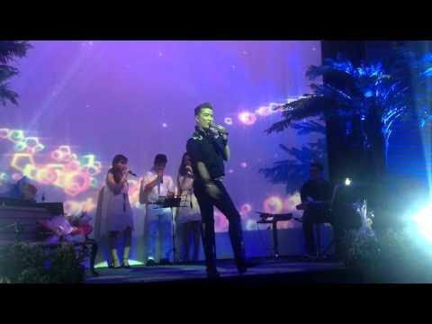 Giải Thoát - Mr.Đàm live 2015