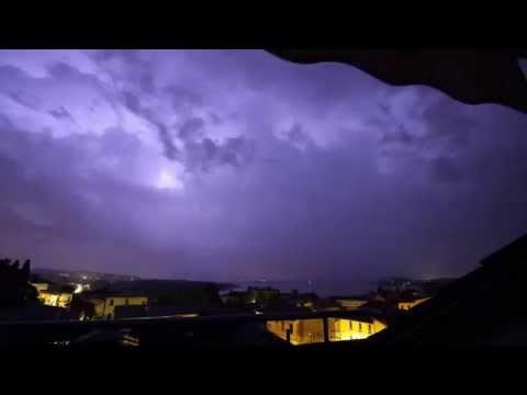 Il timelapse dei fulmini sul Varesotto