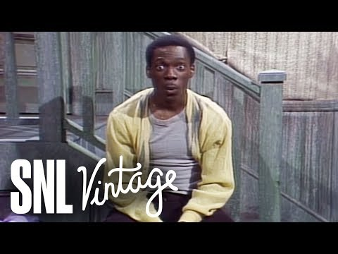 Mister Robinson's Neighborhood: Puppet Show - SNL