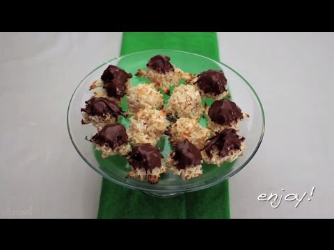 Christmas Cookie Recipes – How to Make Coconut Macaroons