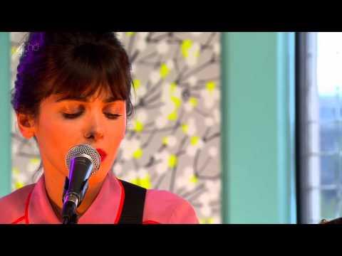 Katie Melua - Love Is A Silent Thief lyrics