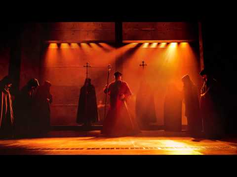 WOLF HALL PARTS 1 & 2 on Broadway