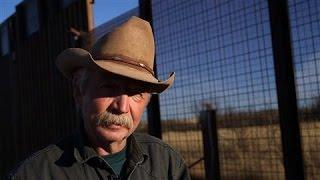 Video Arizona Border Ranchers Torn in Support for Trump's Wall MP3, 3GP, MP4, WEBM, AVI, FLV Oktober 2018