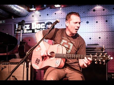 Xavier Baumaxa & Jazz-punk Trio