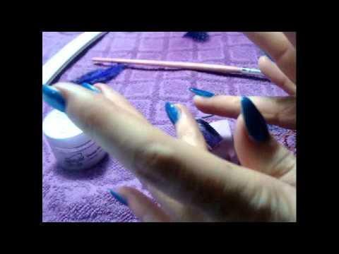 nail art - piume sottovetro