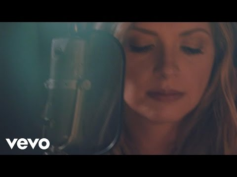 Carly Pearce Every Little Thing Cover