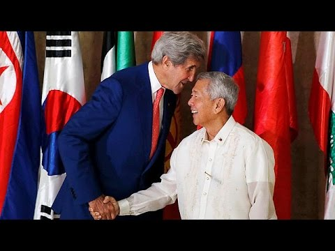 Ο Κέρι στηρίζει τον διάλογο Κίνας- Φιλιππίνων για τα διαφιλονικούμενα νησιά στη Νότια Σινική…