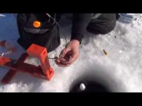 fisherman - How to use an Automatic Fisherman for ice fishing. Eric Haataja shows How to ice fish videos.http://automaticfisherman.com.