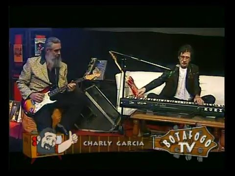 Charly García video Sucio y Desprolijo (Pappo) - Botafogo TV 2005 (CM)