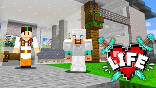 I'M OUT OF PLACE | Minecraft X Life #1