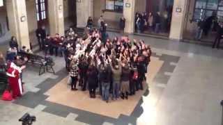 Уникален Флашмоб на ЖП Гара Русе (Flashmob At Railstation Rousse,BG)