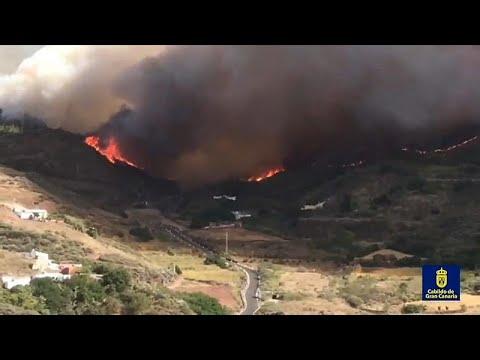 Γκραν Κανάρια: Ανεξέλεγκτη η πυρκαγιά – Χιλιάδες εγκαταλείπουν το νησί…