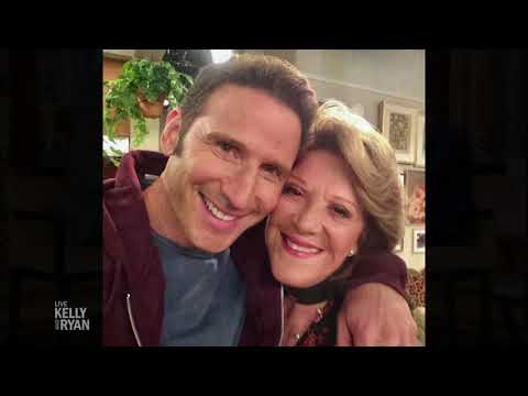 "Mark Feuerstein's Parents Cameo on ""9JKL"""