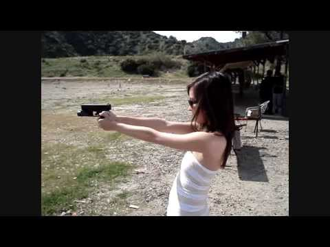Hot girl can't handle Glock 40 recoil + nip slip