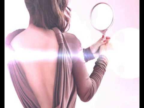 """إليسا تطرح """"برومو"""" ألبومها لعيد الفطر """"حالة حب"""""""