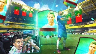 ¡¡¡Increíble pero pino se la vuelve a sacar!!! consiguiendo la nueva versión de Cristiano Ronaldo en Fifa mobile.💥CANAL PINO: https://goo.gl/ixqs4S🔥MONEDAS AQUÍ: https://goo.gl/7KlZ15💥 IMPORTANTE!!! descuento 10% código : tobbal🔥TUTORIAL MONEDAS: https://goo.gl/FwGT5J---------------------------------------------------------------------------------------------------------------- SPONSORS --------------------------------🔥AK RACING: https://goo.gl/Zkdwfo  (DESCUENTO: TOBBALINK25)🔥 SOBRES VIRTUALES: http://fifajackpot.com/---------------------------------------------------------------------------------------------------------------- REDES SOCIALES --------------------------------► MI PAGINA: https://www.facebook.com/pages/TOBBAL...► FACEBOOK: https://www.facebook.com/tobbal.link► TWITTER:  https://twitter.com/TOBBALink ►INSTAGRAM: http://instagram.com/ttobbal------------------------------------------------------------------------------------------------------------------ CANALES AMIGOS ------------------------------Jesus: https://goo.gl/dt3Bj2Pumuscor: http://www.youtube.com/user/pumuscorChorly: http://www.youtube.com/user/chorlyiD2FdeFifa: http://www.youtube.com/user/daniferag...DjMariio: http://www.youtube.com/user/DjMaRiiOCacho: http://www.youtube.com/user/cachoo01Kiki: http://www.youtube.com/user/karakiki99Mikel: http://www.youtube.com/user/miikelmst-----------------------------------------------------------------------------------------------------------------------------------------------------------------------------------MI GFX (EL MEJOR): https://twitter.com/Ciefo23