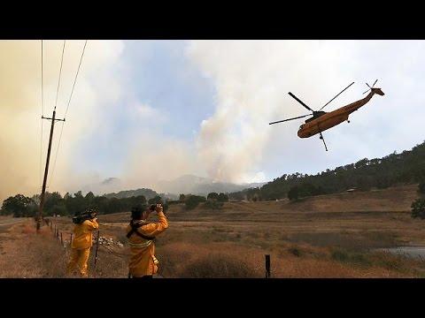ΗΠΑ: Στο έλεος των πυρκαγιών παραμένει η Καλιφόρνια