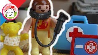 Anna joue au medecin et sait toujours ce qu´il faut faire… Familie Hauser amusez vous bien avec notre video! Votre famille Hauser de chez Playmobil.