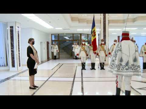 Președintele Maia Sandu a primit scrisorile de acreditare din partea noilor ambasadori ai Regatului Suediei și Uniunii Europene